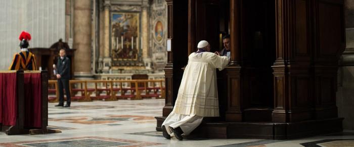 140328_pope-confession_d880e43f383d973491d6ce94a8b8ec4f